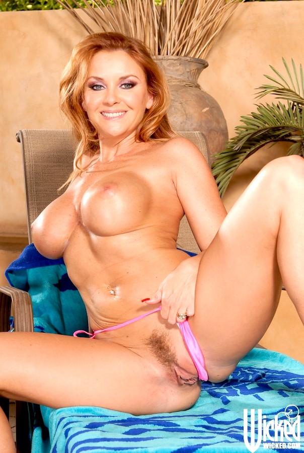 tube Mandy dee