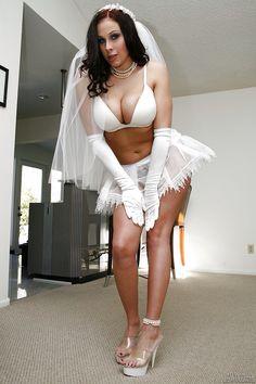 Nacktbilder von angelina jolie