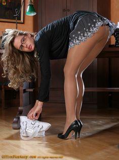 heels cumshot High