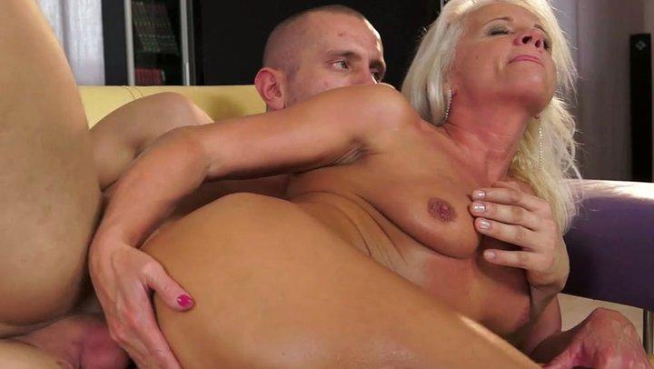 pornos Granny anal