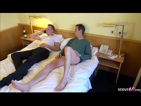Videos ❤ + Bilder Kleine spitze titten
