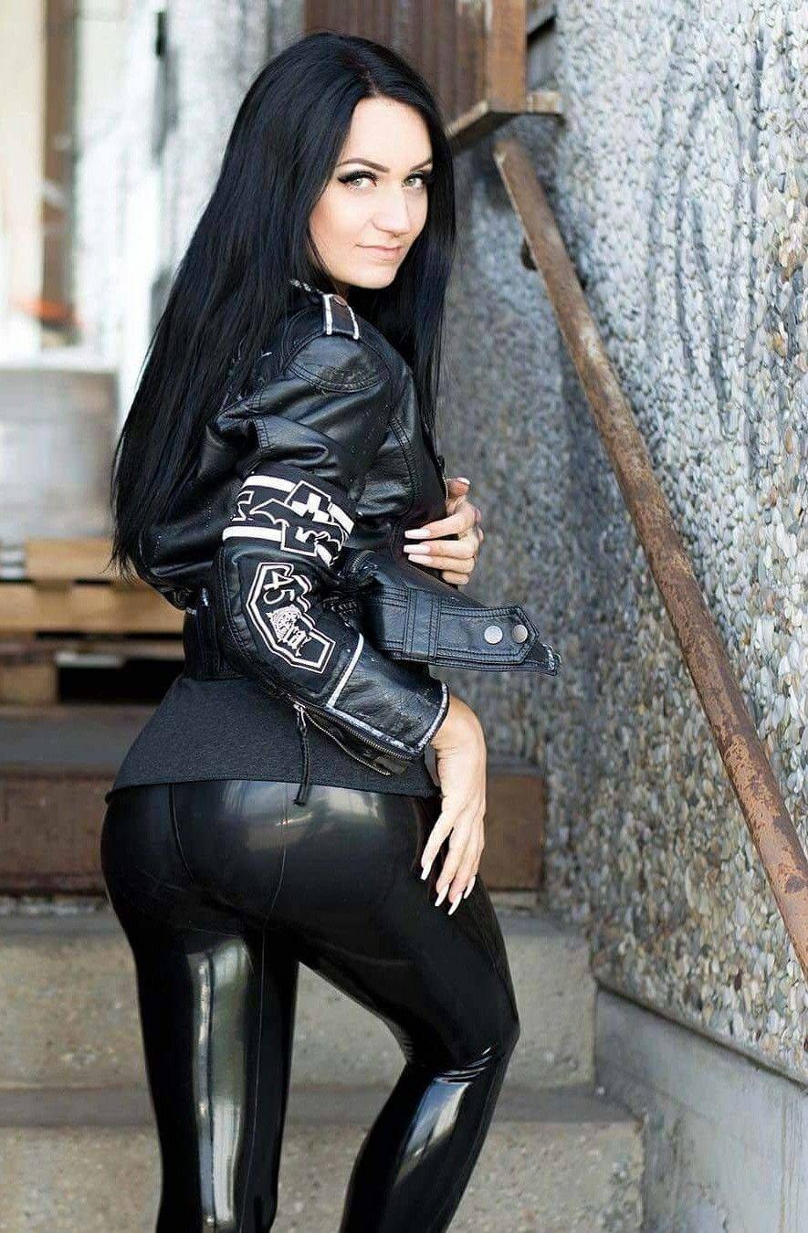 porno Latex girl