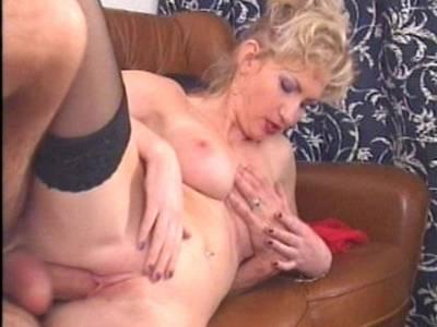 Geile Pornos Sharon da vale anal