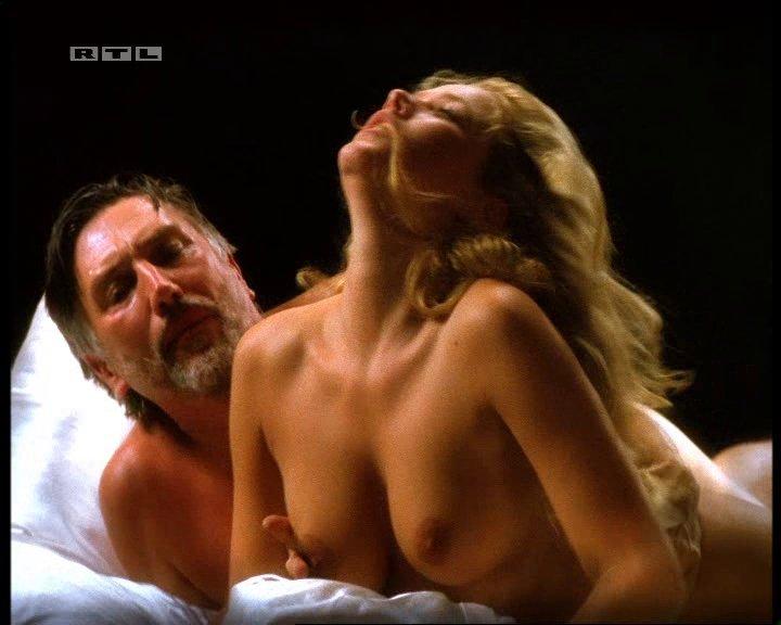 Kostenlose Porno-Bilder & Filme German dildo porn
