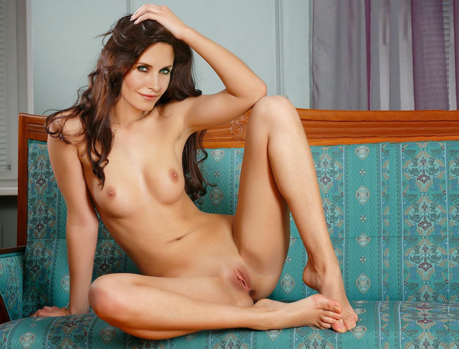Lewandowsky recommends German nude pics