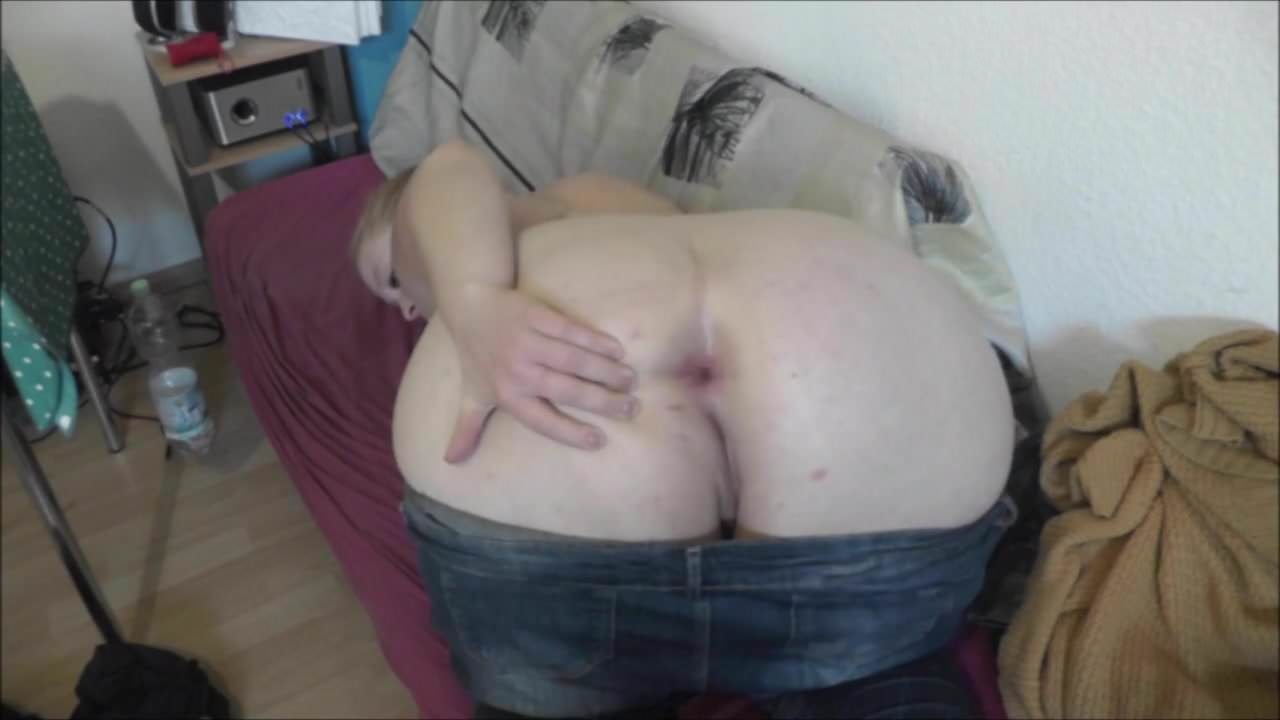 Nacktfotos ohne anmeldung Möse von hinten