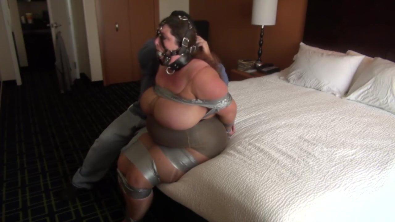 Sexfilme & Bilder GRATIS Katie thornton boobs