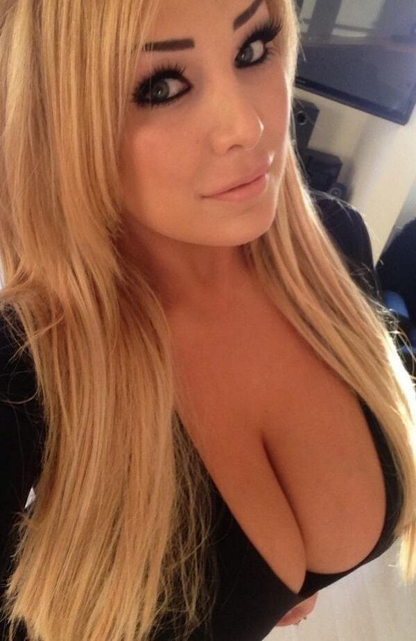 frau selfie Blonde