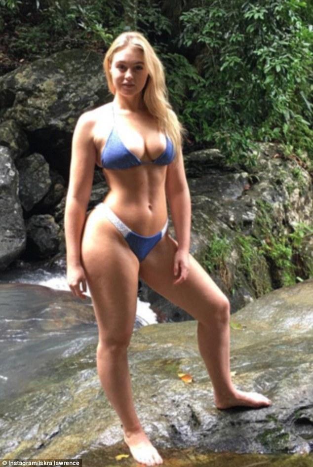 Kostenlose Porno-Bilder Oma rasiert sich
