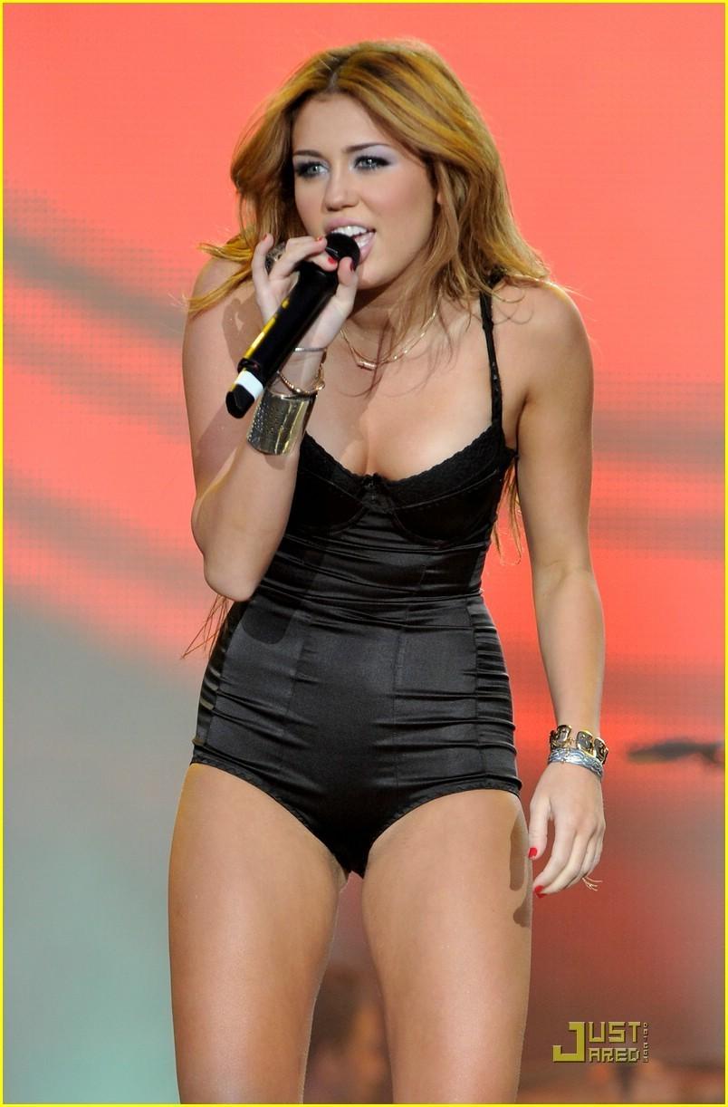 nacktbild Miley cyrus