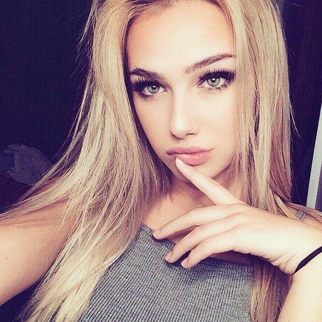 Hot blond blowjob