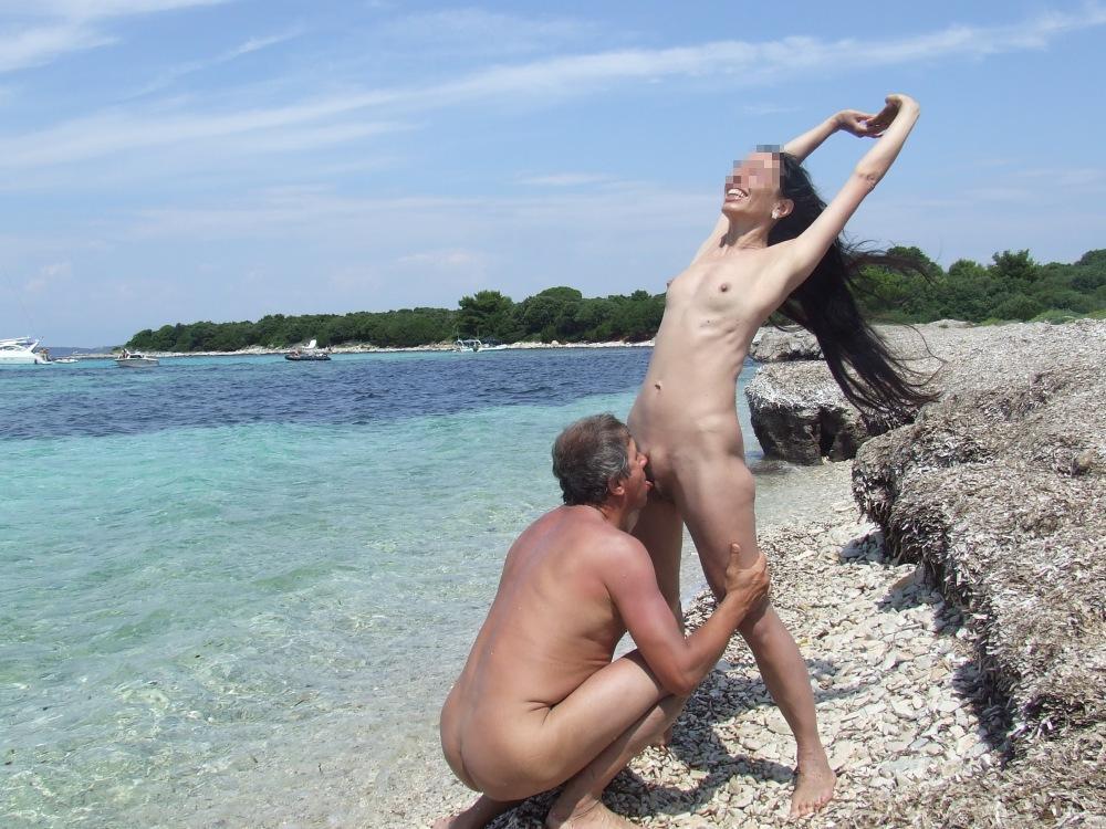 Kama recommend Penis zwischen brüsten