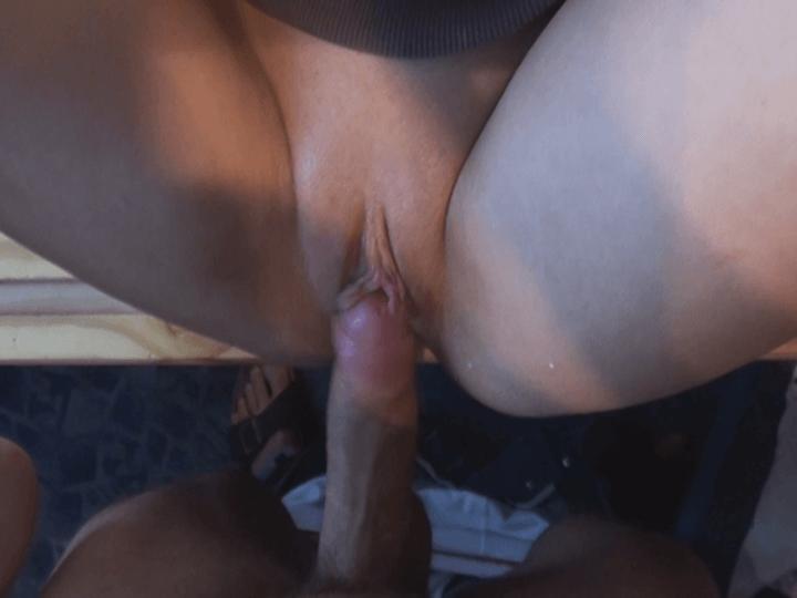 Teen vaginal creampie