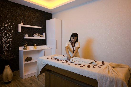 rooms com Massage