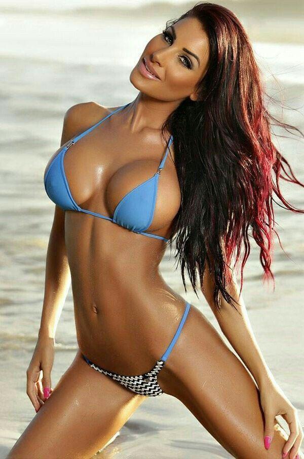 bikini babe Sexy