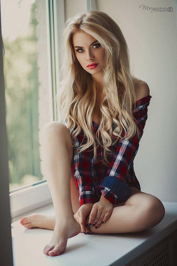 girl sexy Blonde