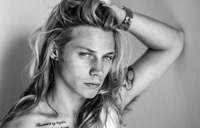 blonde mann Lange haare