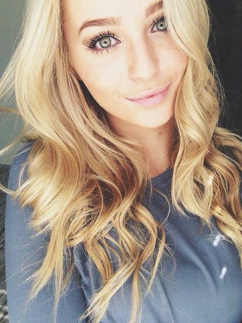 frau blonde haare Hübsche