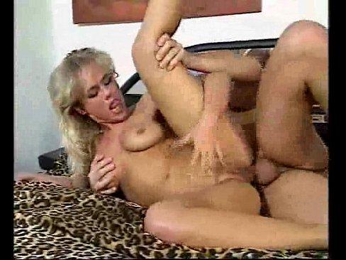 Gratis Sexfilme & Bilder Sandra otterson blowjob