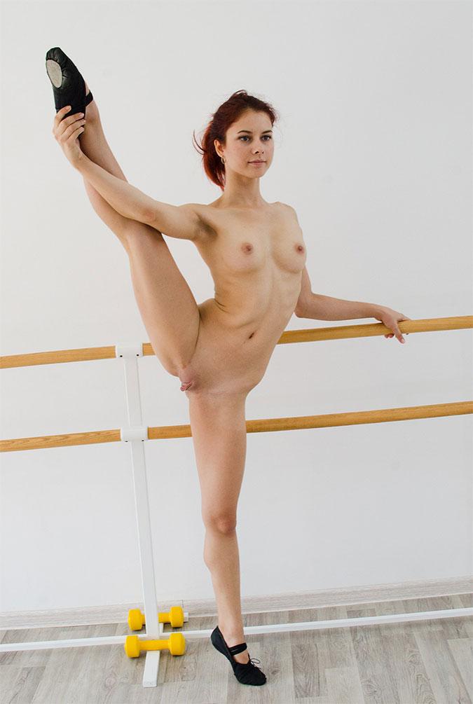 flexible girls Naked