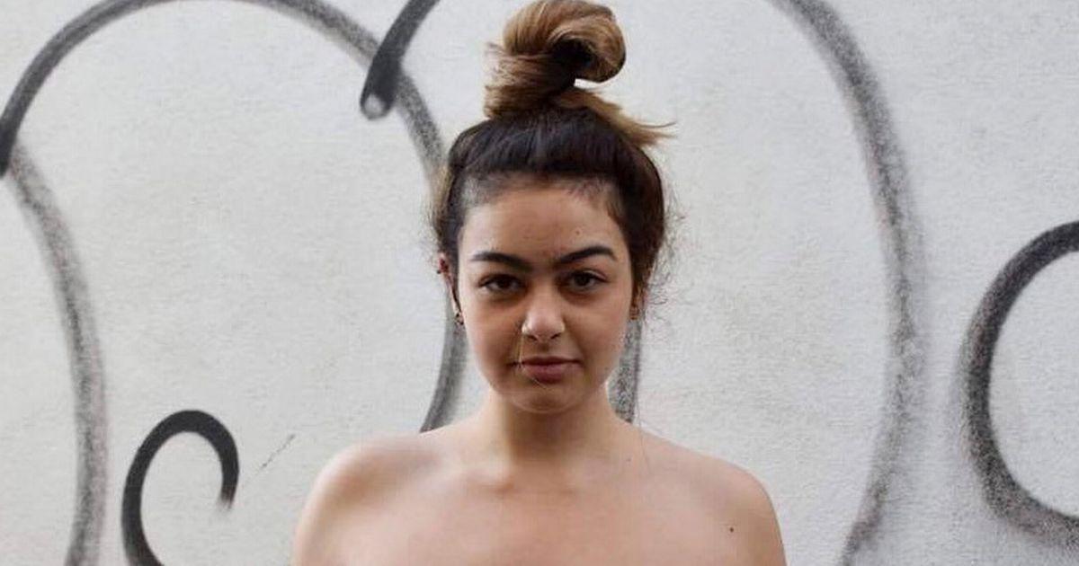German Porno Blowjob beim zocken