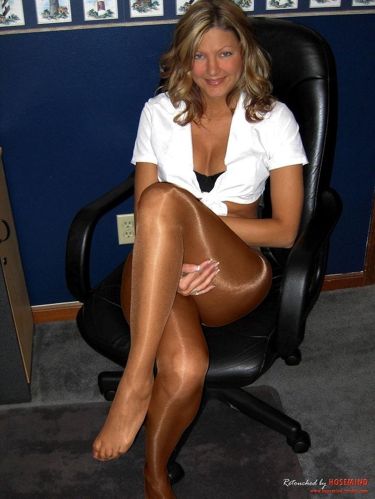 Porno-Bilder ohne anmeldung Chubby blonde nude